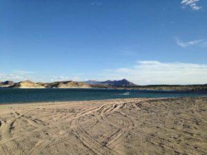 sandy beach, Elephant Butte Lake