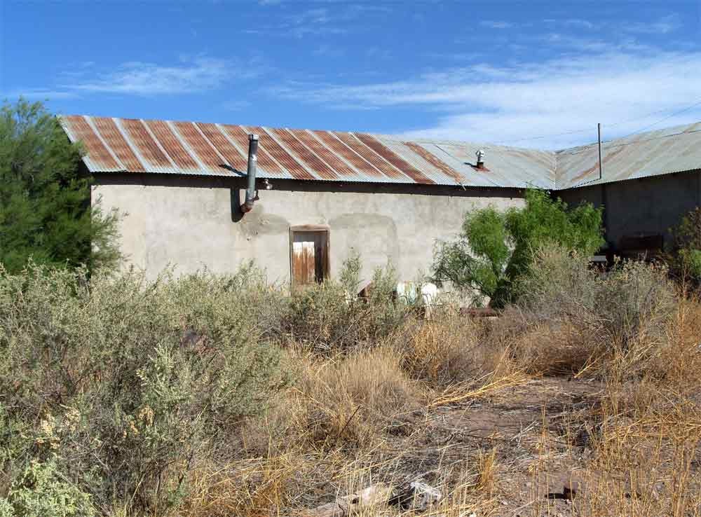 adobe building in Cuchillo NM